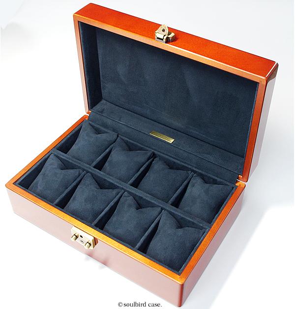 メイプル材10本用時計ケースの内装革仕上げ