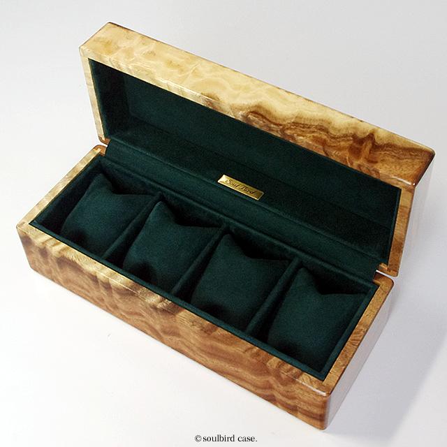 4本仕様のモンキーポッド材時計ケース