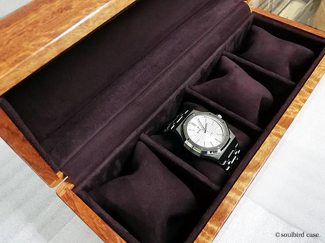 本日はAP。紫檀時計ケース