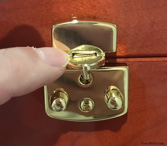 イタリア製LOCK