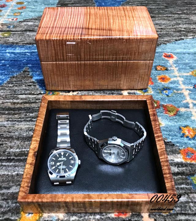 コア材時計ケースとコア材トレー