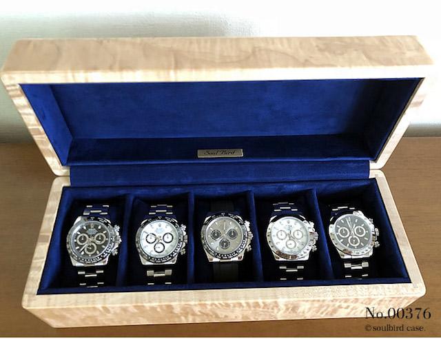 ソウルバードの時計ケースにデイトナ