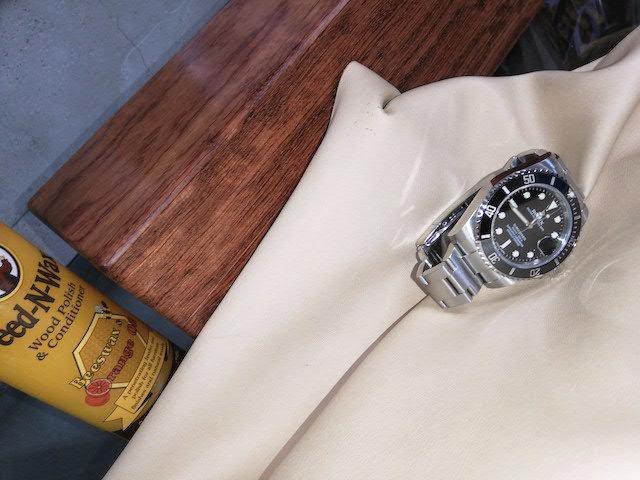 ブビンガ材時計ケースとロレックス