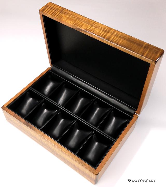 内装フランス産特級ラムレザー黒10本仕様