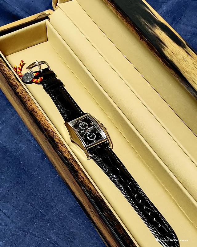 黒柿材1本用時計ケースとパテックフィリップ
