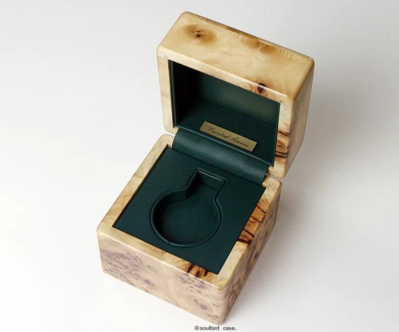 ソウルバードの時計ケースの内装加工No.31