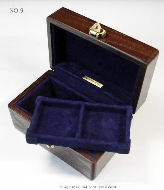 ソウルバードの時計ケースの内装加工No.9